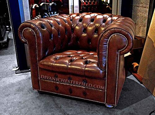 Poltrone Chesterfield Vintage.Poltrone Chester Usate Pelle Vintage Originali Vendita Noleggio